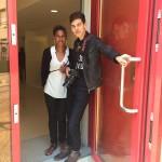 Sophie Badji et Axel Rossignon devant l''entrée du CEPIJE Ozanam